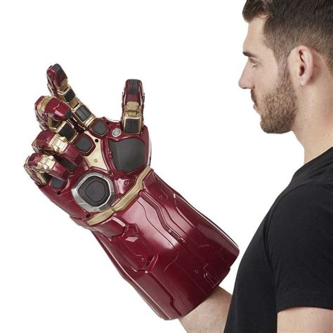 Infinity Gauntlet - Marvel Legends Articulated Electronic Fist