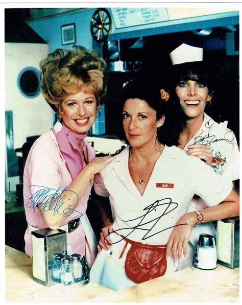 Alice TV Show Cast Signed 11x14 Photo Certified Authentic
