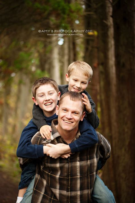 father and sons ©Amy B Photography 2011 - Puyallup Family